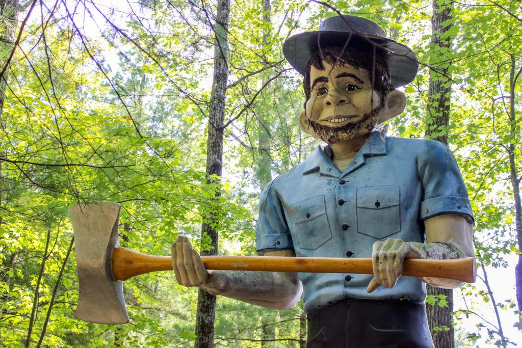 amish statue