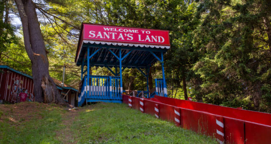 Christmas in July: One man is bringing magic and holiday spirit back to the once-abandoned Santa's Land USA