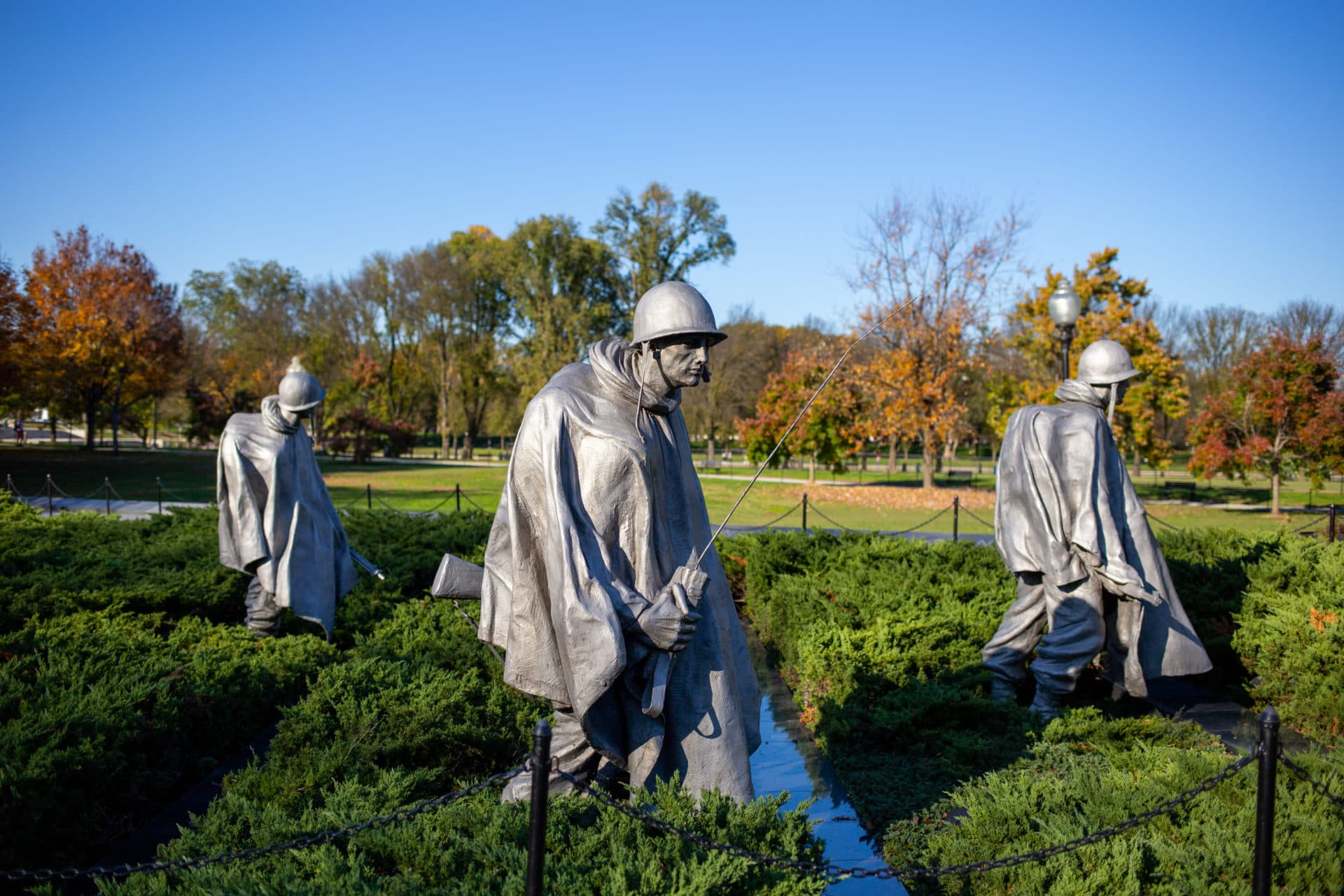 Located near the Lincoln Memorial, the Korean War Veterans Memorial was dedicated in 1995 and features a Wall of Remembrance and 19 stainless steel statues depicting soldiers in combat.